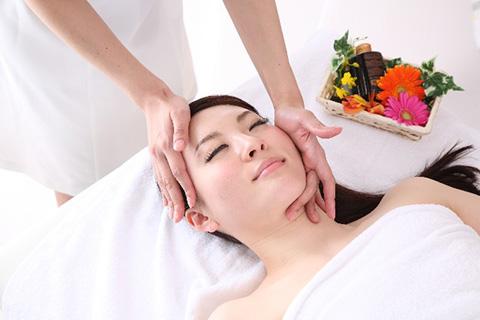 顔のリンパマッサージ方法!専門家に聞く顔リンパを効果的に流す手順11