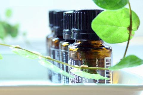 アロマ化粧水の材料