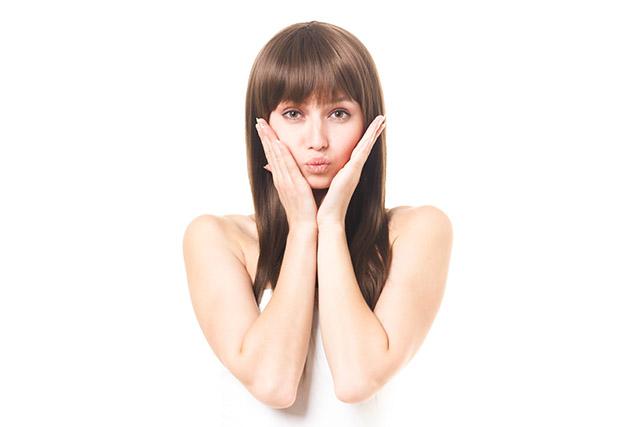 頬のたるみ解消!頬を上げるために咀嚼筋をほぐす3つの方法