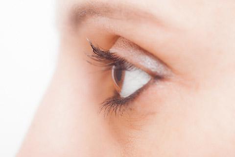 目の下のたるみの原因:その他