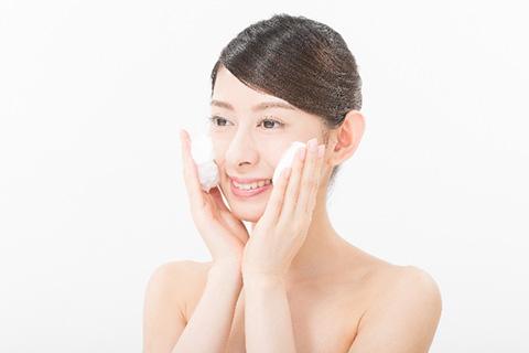 生理前の肌荒れ対策3. スキンケア(洗顔)