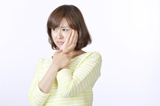 乾燥肌からも敏感肌になる?乾燥性敏感肌の対策とスキンケア
