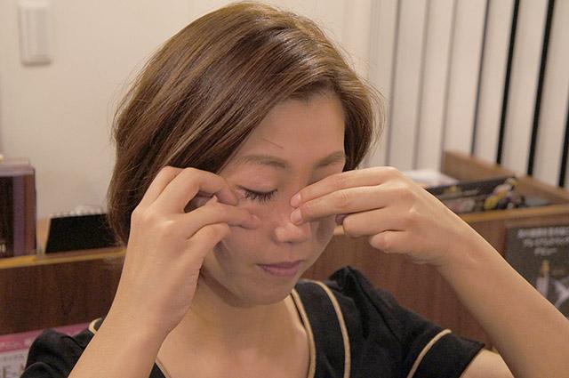 鼻が大きい…鼻を小さくする方法!10秒の簡単エクササイズ