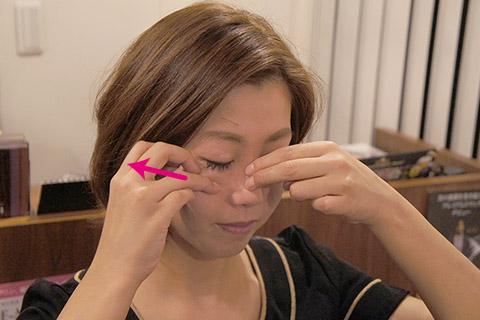 1. 上顎骨から頬骨を引き剥がす 1