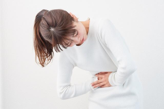 自律神経や胃腸に良いツボは?耳を触るだけでも効果がある?