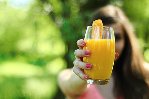 酵素ドリンクの飲み方!一食を置き換えるときはドコがいい?