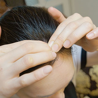 頭蓋骨マッサージのやり方!頭蓋骨矯正セラピストの教える5つの方法