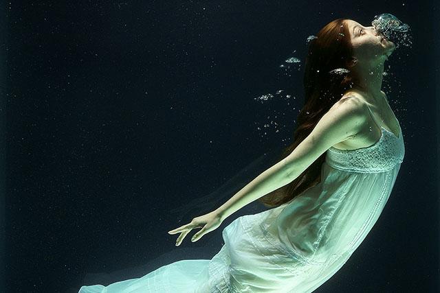 呼吸が浅いと…呼吸が浅くなる大きな原因は姿勢とストレス!