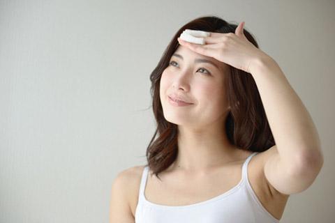 コットンパックのやり方をエステ員に聞く!化粧水の保湿効果が断然違う!