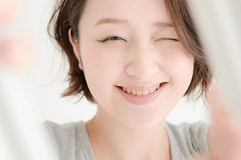 表情筋を鍛える方法!美容家の教える顔トレのエクササイズ!たるみケアに