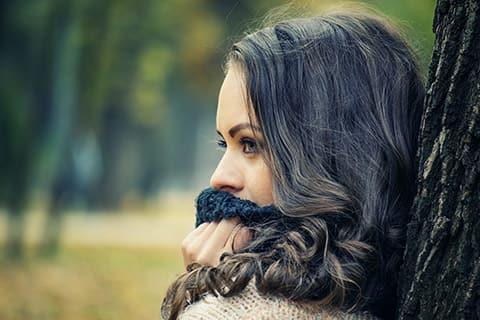 口周りの乾燥の原因と改善方法!エステ員に聞くガサガサ口元への対策9つ