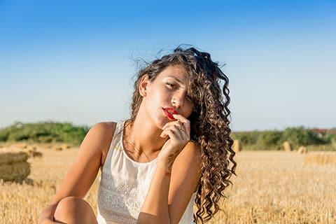 口元のしわの改善法!美容家が教えるスキンケアポイントやマッサージ方法