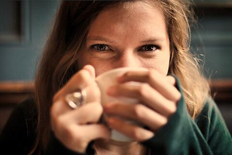 むくみにおすすめのお茶とは?食べ物とは?漢方セラピストに聞く