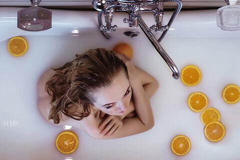 毛穴が目立つ原因と改善方法7つ!化粧水パックも効果的!プロに聞く