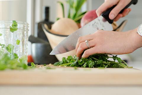 乾燥肌におすすめの食べ物!美肌は内側から!料理研究家が選ぶ6種類
