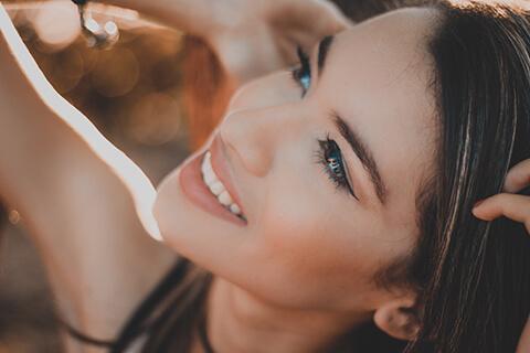 顔のむくみに効くマッサージ方法!リンパ専門家に聞くむくみ対策10