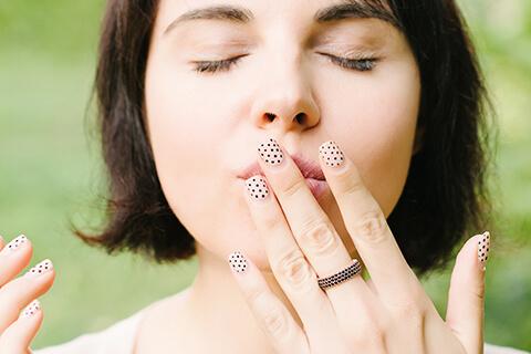 顎がザラザラする原因とエステ経営者がアドバイスする改善方法